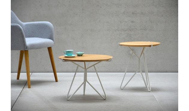 Jan Kurtz - Triad Tisch - weiß/Eiche - Ø 40 cm - 2