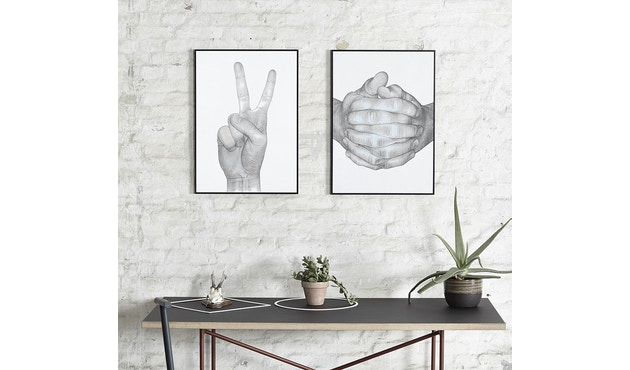 Paper Collective - Folded Hands Poster - wit - 50 x 70 cm - 2