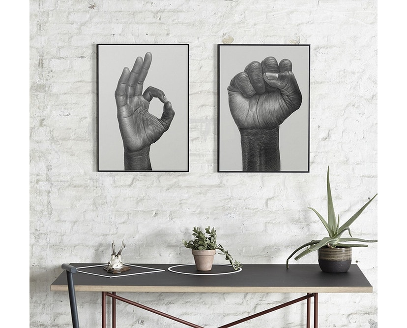 Paper Collective - Raised Fist Poster - 30 x 40 cm - 2