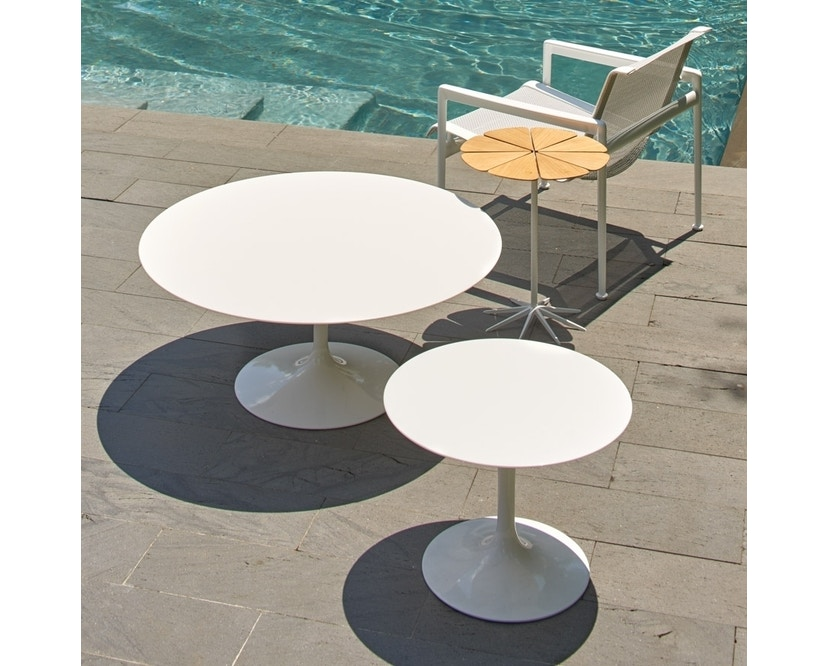 Knoll International - Saarinen Outdoor Couchtisch - rund - 6