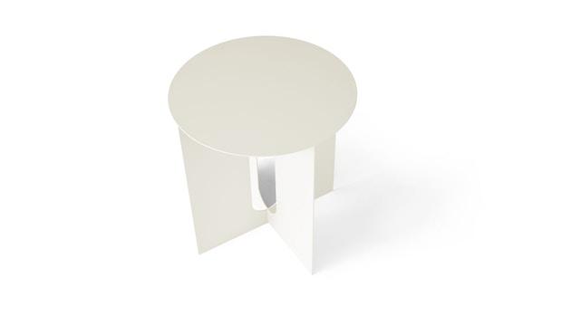 Menu - Androgyne Side Table - elfenbein - steel Base - 1