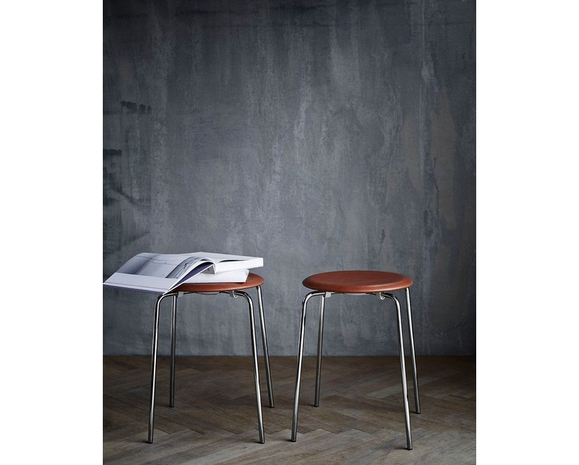 Fritz Hansen - Dot Hocker - Wildleder walnussfarben - 2
