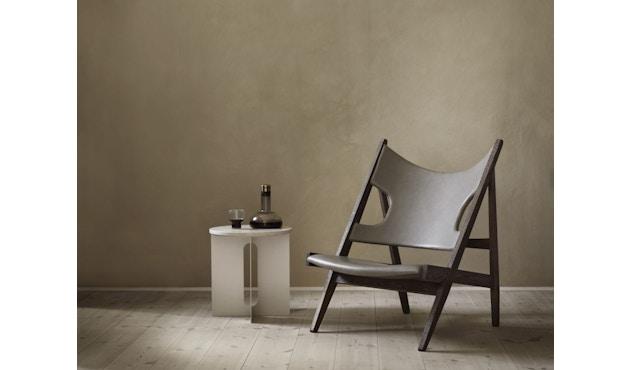 Menu - Androgyne Side Table - elfenbein - steel Base - 5
