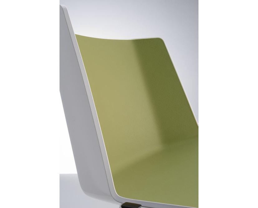 MDF Italia - AÏKU Stuhl - glänzend weiß/olivgrün - 4 runde Beine - 2