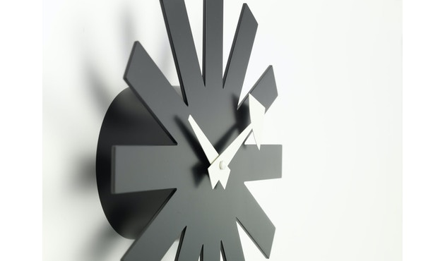 Vitra - Asterisk Clock - schwarz - 2