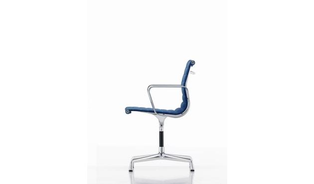 Vitra - Aluminium Chair - EA 104 - 14