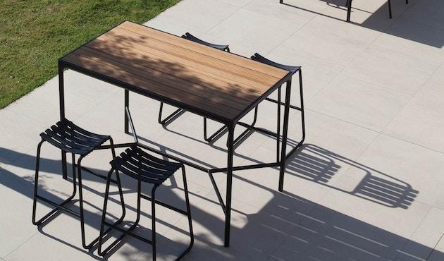 Houe - Four Outdoor Bar Tisch - Aluminium/schwarz - 90 x 90 cm - 3