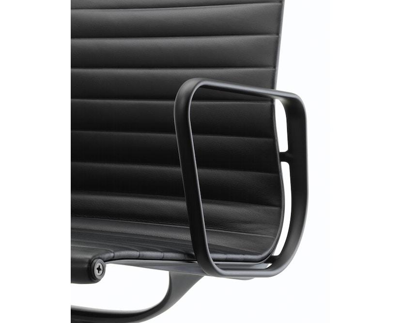 Vitra - Aluminium Chair - EA 108 - 12