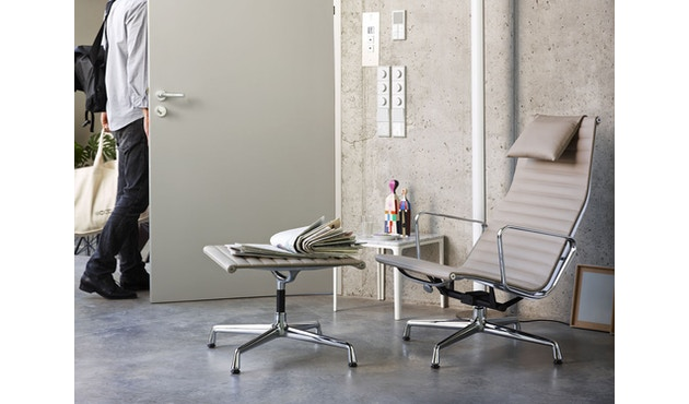 Vitra - Aluminium Chair - EA 125 - Hocker - 3