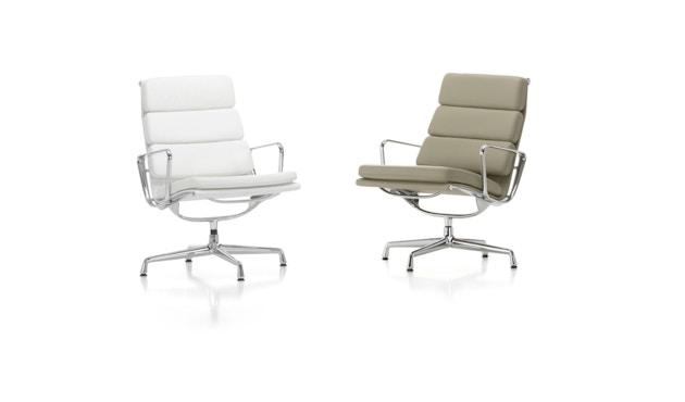 Vitra - EA 216 Soft Pad Chair Vitra, Gestell poliert, Filzgleiter Hartböden - Leder 66 nero - 2