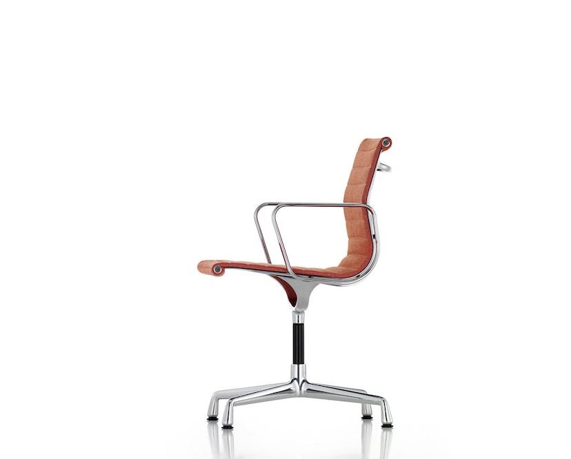 Vitra - Aluminium Chair - EA 104 - 5
