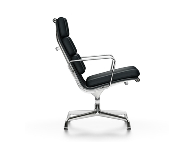Vitra - EA 216 Soft Pad Chair Vitra, Gestell poliert, Filzgleiter Hartböden - Leder 66 nero - 1