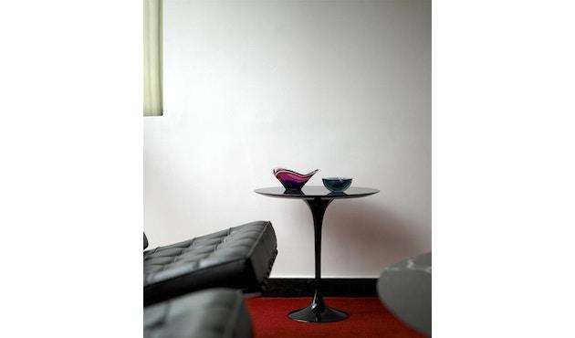 Knoll International - Saarinen Beistelltisch - rund 41 Ø - Laminat weiß - Säulenfuß schwarz - 1