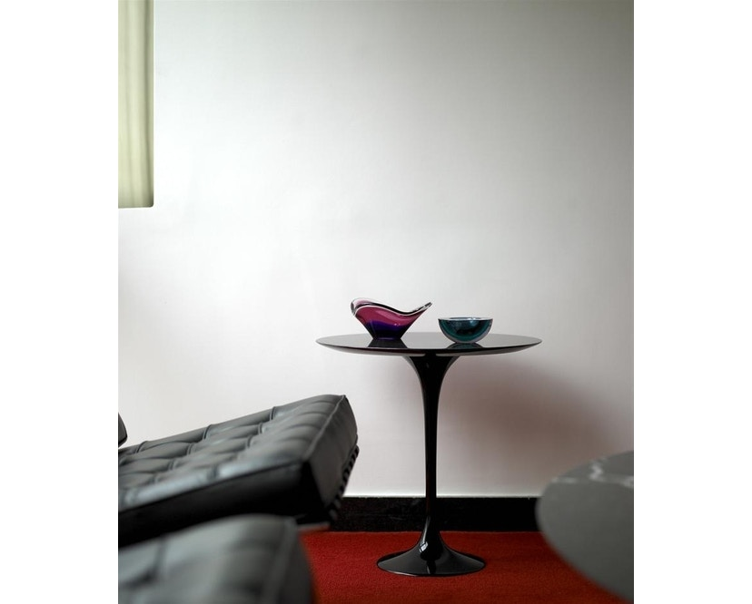 Knoll International - Bijzettafel Saarinen - rond - Ø 41 cm - wit - Laminaat wit - 2