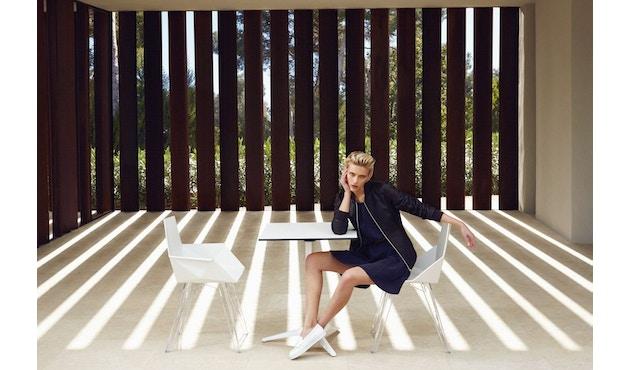 Vondom - FAZ Stuhl mit Armlehnen - Stahlgestell - weiß - 2