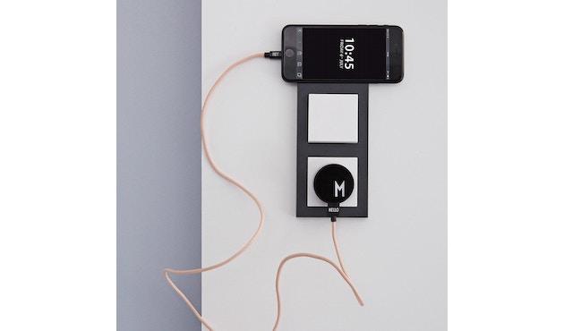 DESIGN LETTERS - Buchstaben-Ladekabel für iPhone und iPad - W - 3