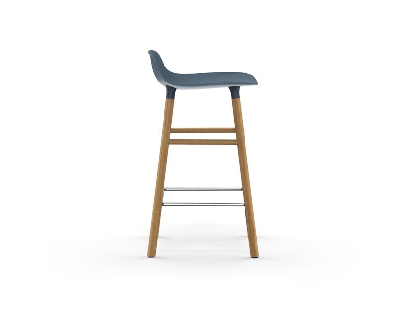 Normann Copenhagen - Form Barstuhl Holzgestell/Metallverstrebung - 65 cm - blau - Eiche - 3
