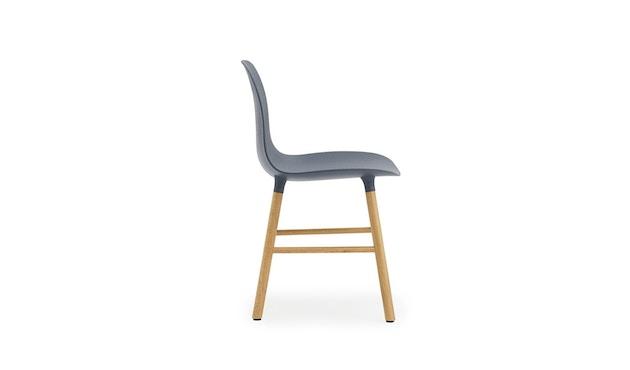 Normann Copenhagen - Form Stuhl mit Holzgestell - blau - Eiche - 3