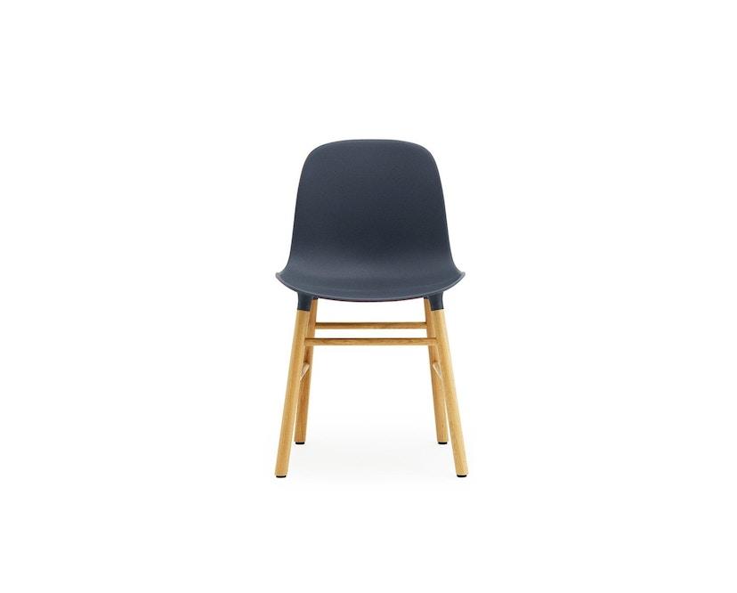 Normann Copenhagen - Form Stuhl mit Holzgestell - blau - Eiche - 4