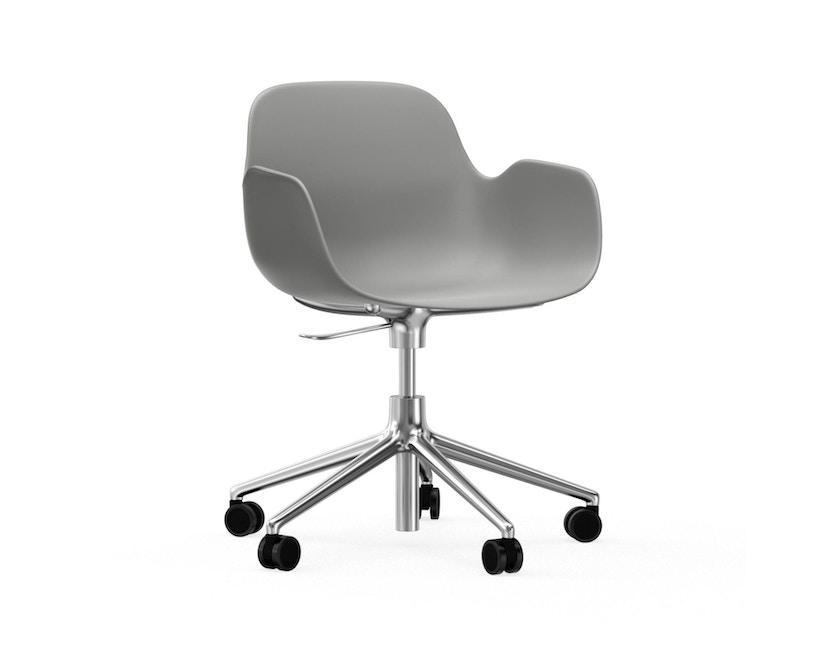Normann Copenhagen - Form Drehsessel mit Rollen - grijs - aluminium - 1