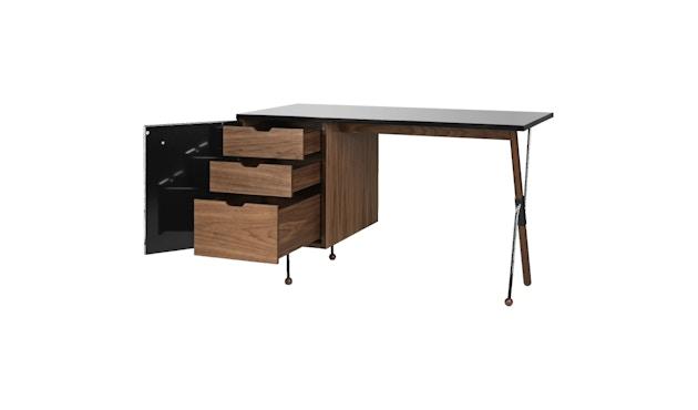 62 Serie Schreibtisch - black semi matt - Amerikanischer Nussbaum_Gubi_Greta Grossman