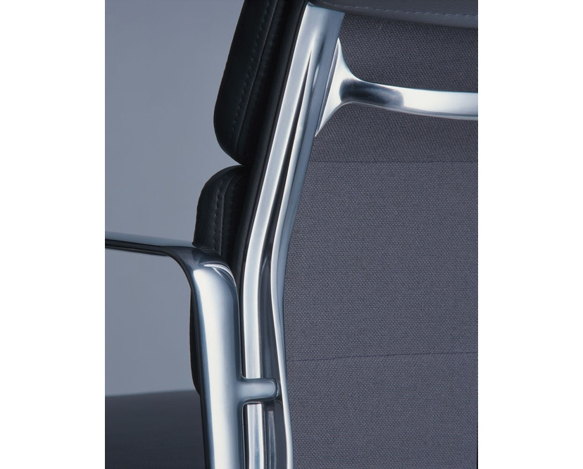 Vitra - Aluminium Chair - Soft Pad - EA 223 - Hocker - 11