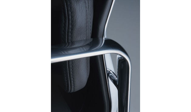 Vitra - Aluminium Chair - Soft Pad - EA 223 - Hocker - 12