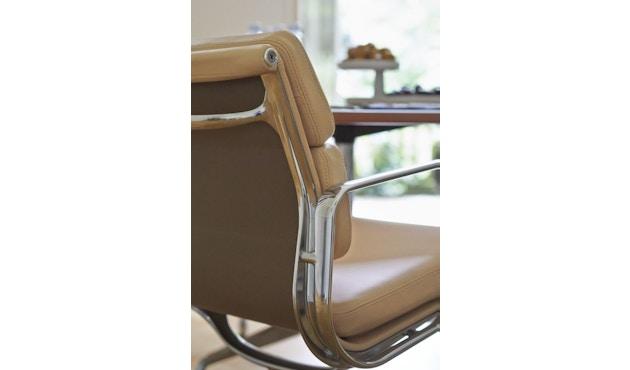 Vitra - Aluminium Chair - Soft Pad - EA 208 - 17