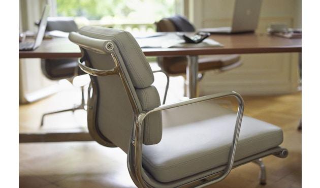 Vitra - Aluminium Chair - Soft Pad - EA 208 - 19
