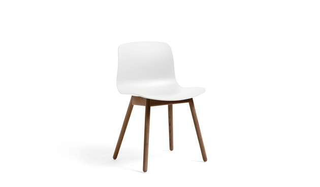 About a Chair AAC 12 walnut