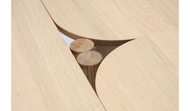 Karimoku New Standard - Castor Tisch quadratisch - Eiche - 9