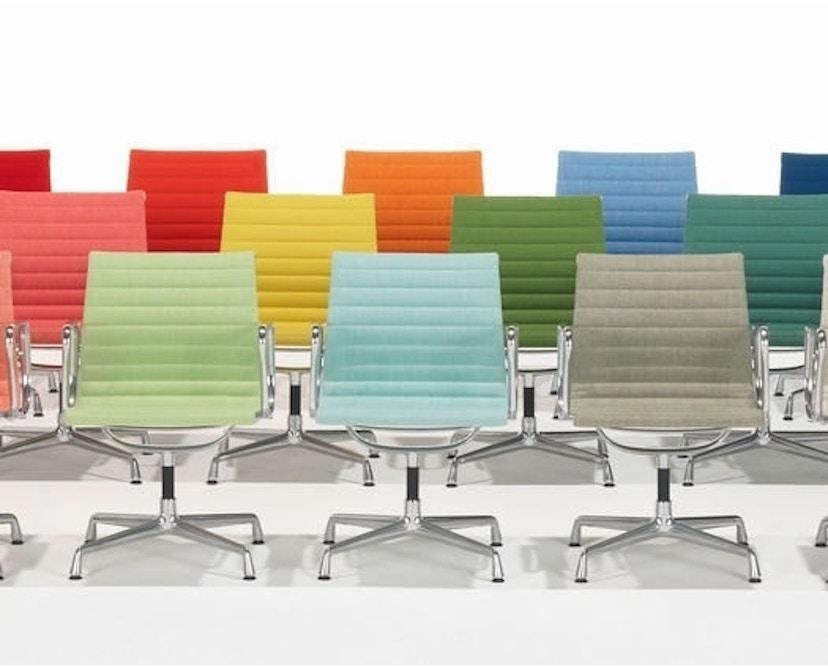Vitra - Aluminium Chair - EA 101 - 16
