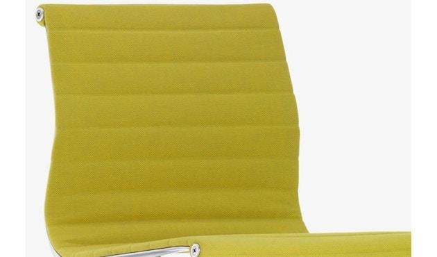 Vitra - Aluminium Chair - EA 101 - 11