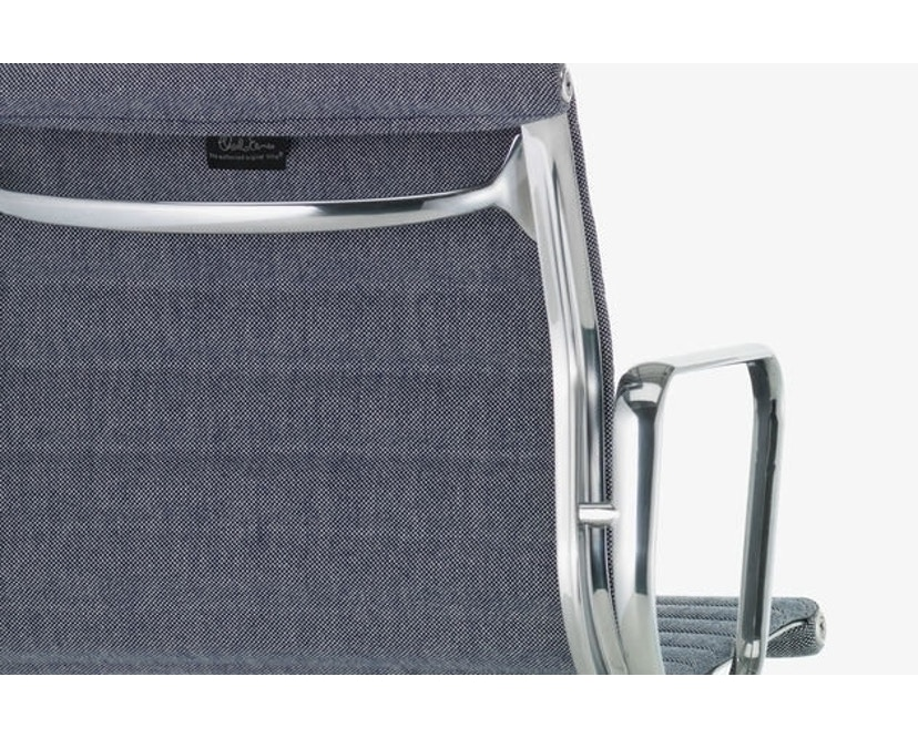 Vitra - Aluminium Chair - EA 101 - 10