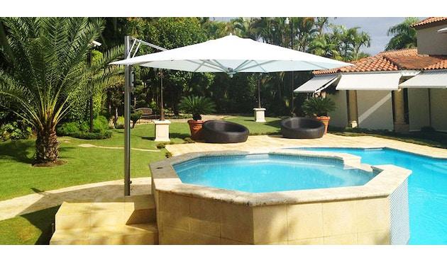 Tuuci - Bay master aluminium single cantilever parasol - natuurwit - 4