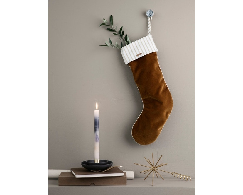 ferm LIVING - Weihnachtssocke Samt senffarben - 5