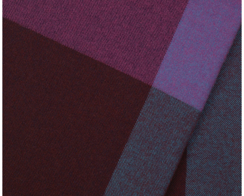 Vitra - Colour Block Decke - blue - bordeaux - 7