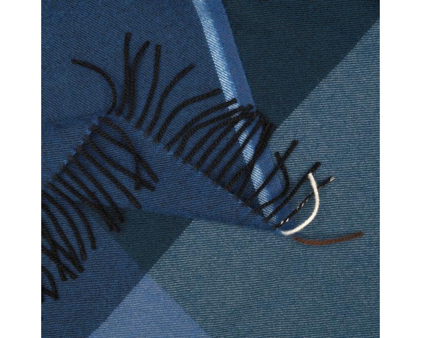 Vitra - Colour Block Decke - schwarz - blau - 7