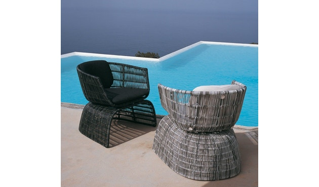 B & B Italia - Crinoline kleiner Sessel - schwarz-weißes Geflecht - Kissen schwarz - 1