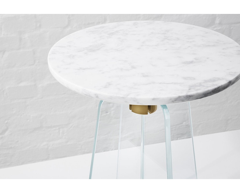 Million - Cupola Beistelltisch - weißer Marmor - klares Glas - 2