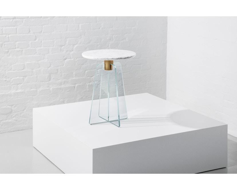 Million - Cupola Beistelltisch - weißer Marmor - klares Glas - 4