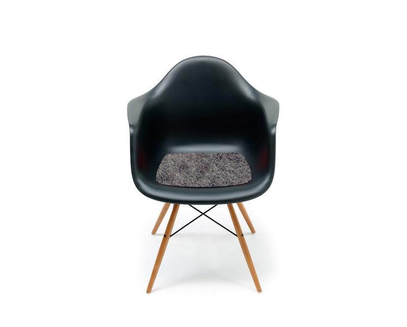 Hey-Sign - Sitzauflage Eames Plastik Armchair - 01 anthrazit mit Antirutsch - 7