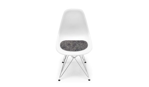Hey-Sign - Sitzauflage Eames Plastic Sidechair - 01 anthrazit mit Antirutsch - 1