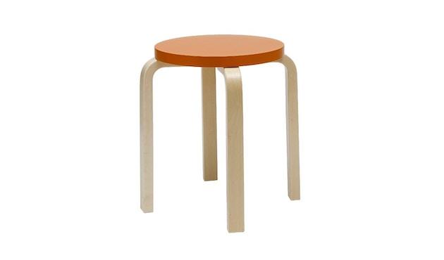 Artek - E60 Hocker - Gestell Birke - Sitz orange lackiert - 1