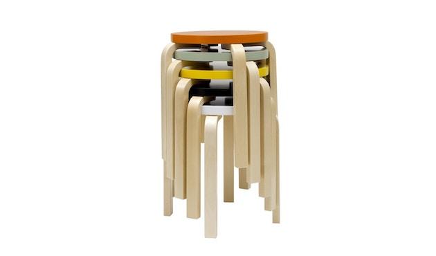 Artek - E60 Hocker - Gestell Birke - Sitz schwarz lackiert - 2