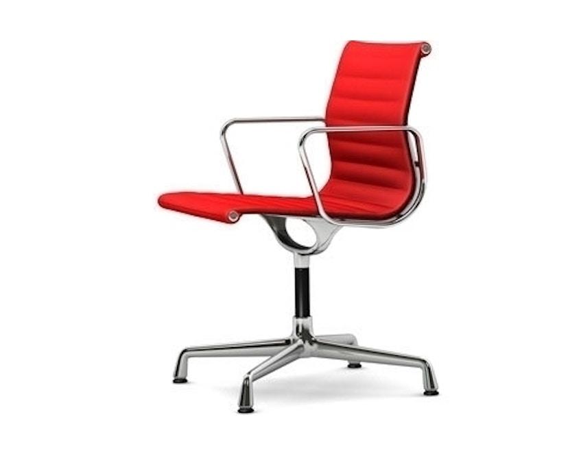 Vitra - Aluminium Chair - EA 104, Gestell poliert, Filzgleiter Hartboden - 63 rot poppyred - 1
