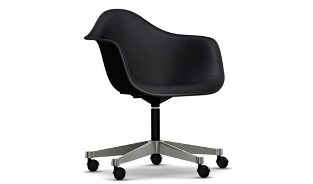 Vitra - Eames Plastic Armchair PACC mit Vollpolster - Schale schwarz, Bezug nero - Keder schwarz - 1