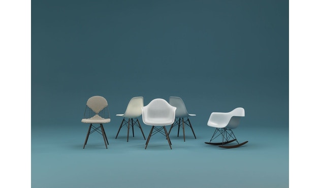 Vitra - RAR Eames Plastic Armchair - 14