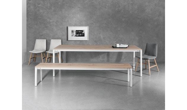 Janua - S 600 Tisch - Eiche weiß pigmentiert - Gestell Verkehrsweiß - 80x80 - 5