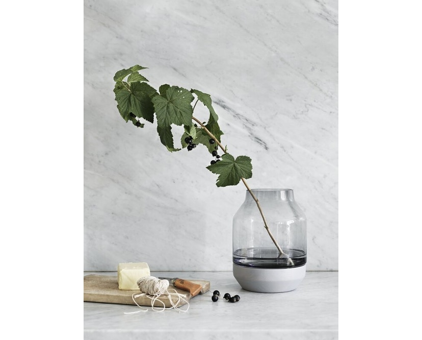 Muuto - Elevated Vase - grey - grijs - 4